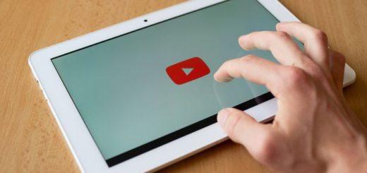 Работа с ютуб каналом для повышения своей экспертности и привлечения подписчиков.