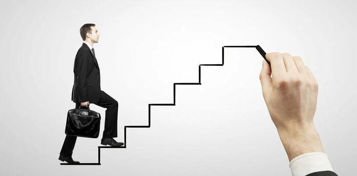 Этапы карьерного роста, которые ты должен преодолеть самыми первыми.