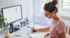 Делаем готовые электронные курсы и продаём их массово в интернете.