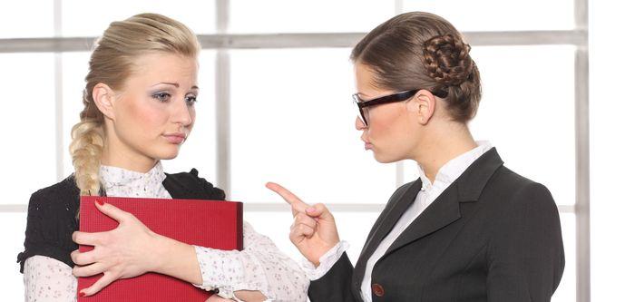 Как скинуть работу на других, которую поручил тебе начальник.
