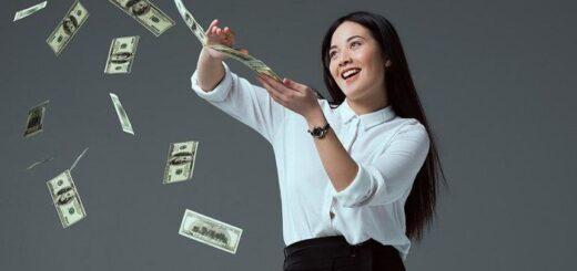 Нужно научиться работать с деньгами.