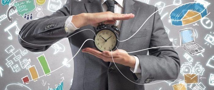 Запустить онлайн бизнес используя время на наёмной работе.